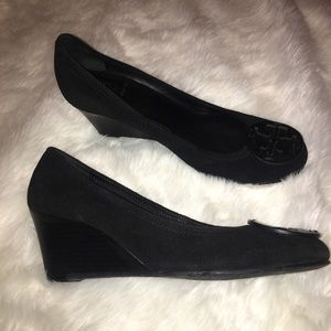 Tory Burch Black Suede Sally Wedge Size 9M